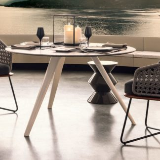 Sfera design Minotti canteen furniture Rivera Little Armchair